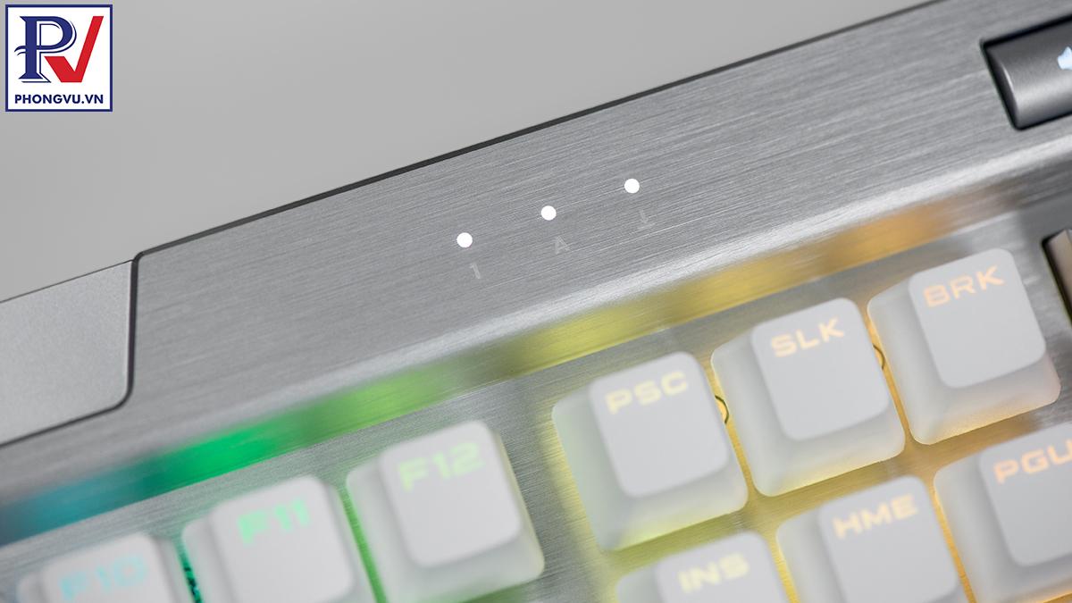 Corsair K70 RGB MK.2 SE mechanical keyboard - Lock led - Phong Vũ