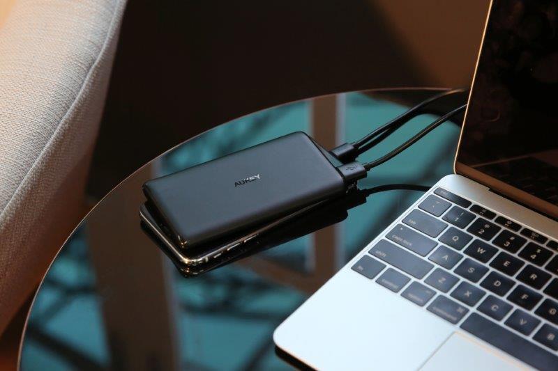 Pin Sạc Dự Phòng 5000mAh USB C Aukey PB-XN5