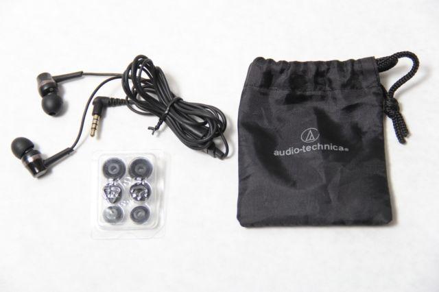 Tai nghe Audio-technica ATH-CKR30iSBK (Đen)thiết kế nhỏ gọn, tinh tế nhưng mang lại âm thanh mạnh mẽ