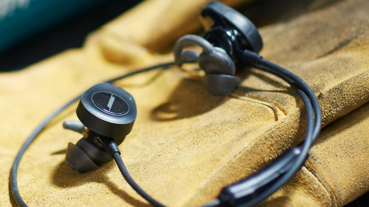 Tai nghe Bluetooth Bose Soundsport (Đen) tai nghe thể thao không dây đẳng cấp cho bạn