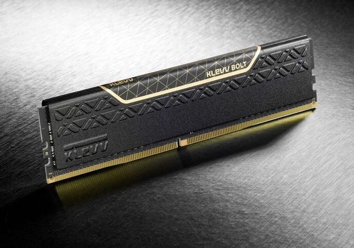 RAM Klevv Bolt 4GB DDR4 3000 Heatsink (KM4B4GX1A) (IM44GU48A30-FGGHAB)