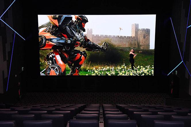 công nghệ 4k cinema hdr giúp bạn tân hưởng hình ảnh như ngoài rạp