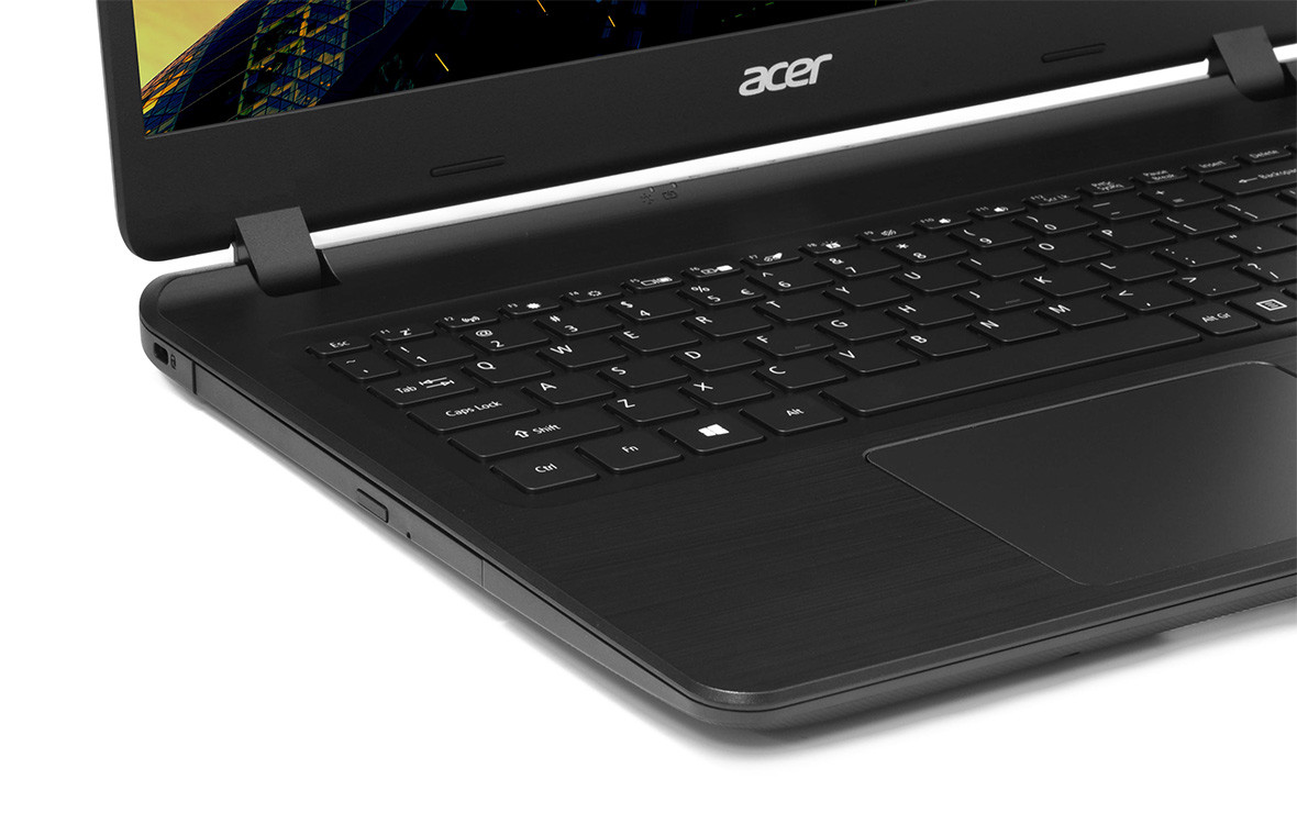 Đánh giá sản phẩm Laptop Acer Aspire A515-53G-5788 5