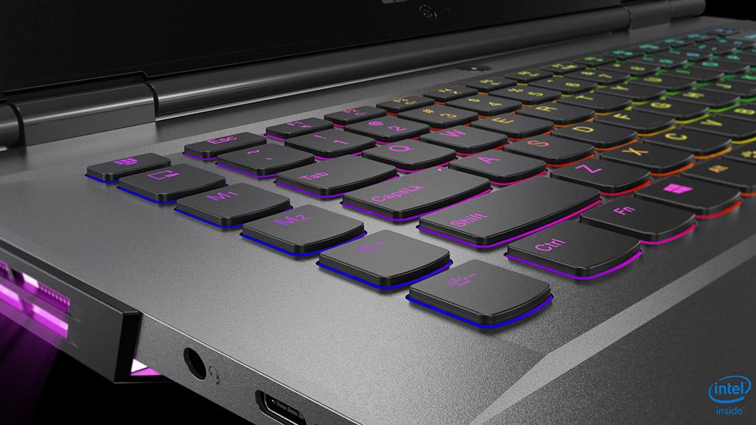 Đánh giá tổng quan Laptop Gaming Lenovo Legion Y730-81HD003KVN 7