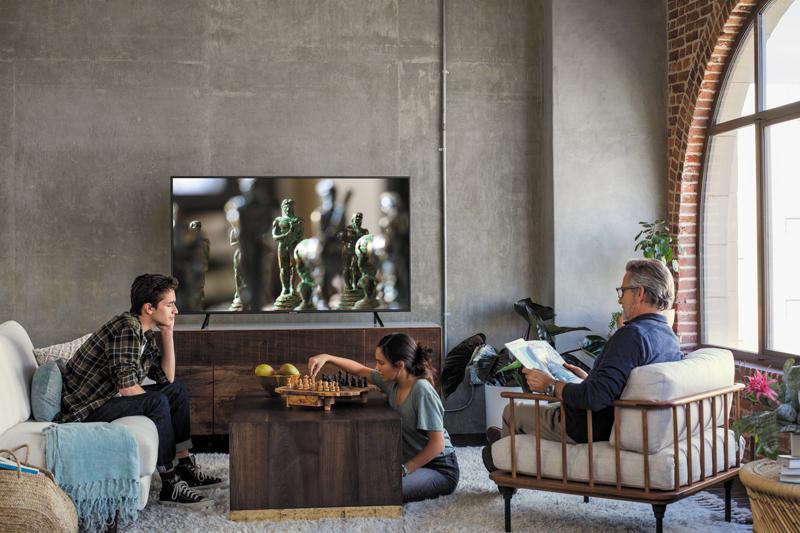 Smart Tivi Samsung 4K 50 inch UA50RU7100KXXV thiết kế đẹp sang trọng