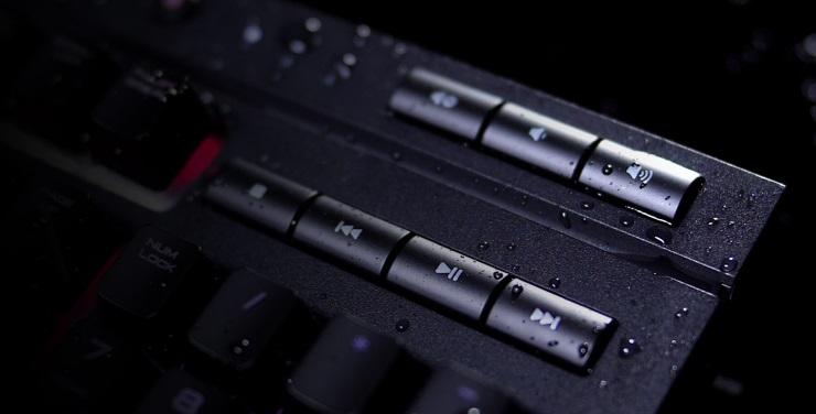 Bàn phím cơ CORSAIR K68 RGB