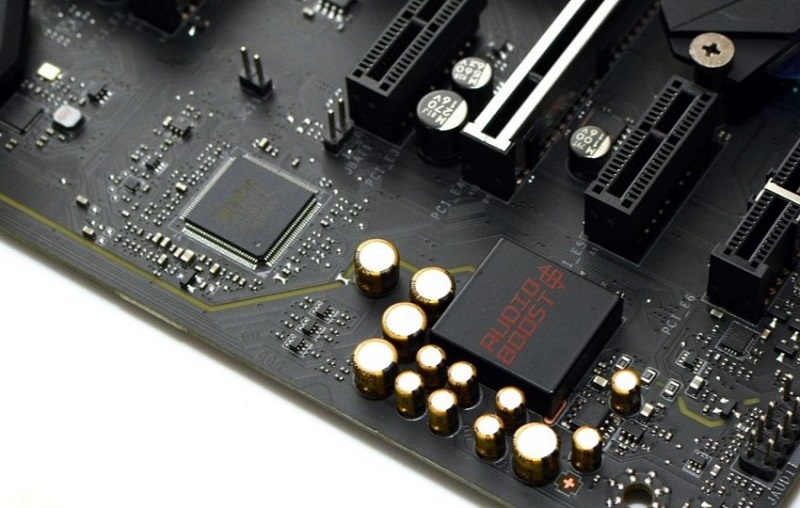 MSI X470 Gaming M7 AC_1 (tweakpc)