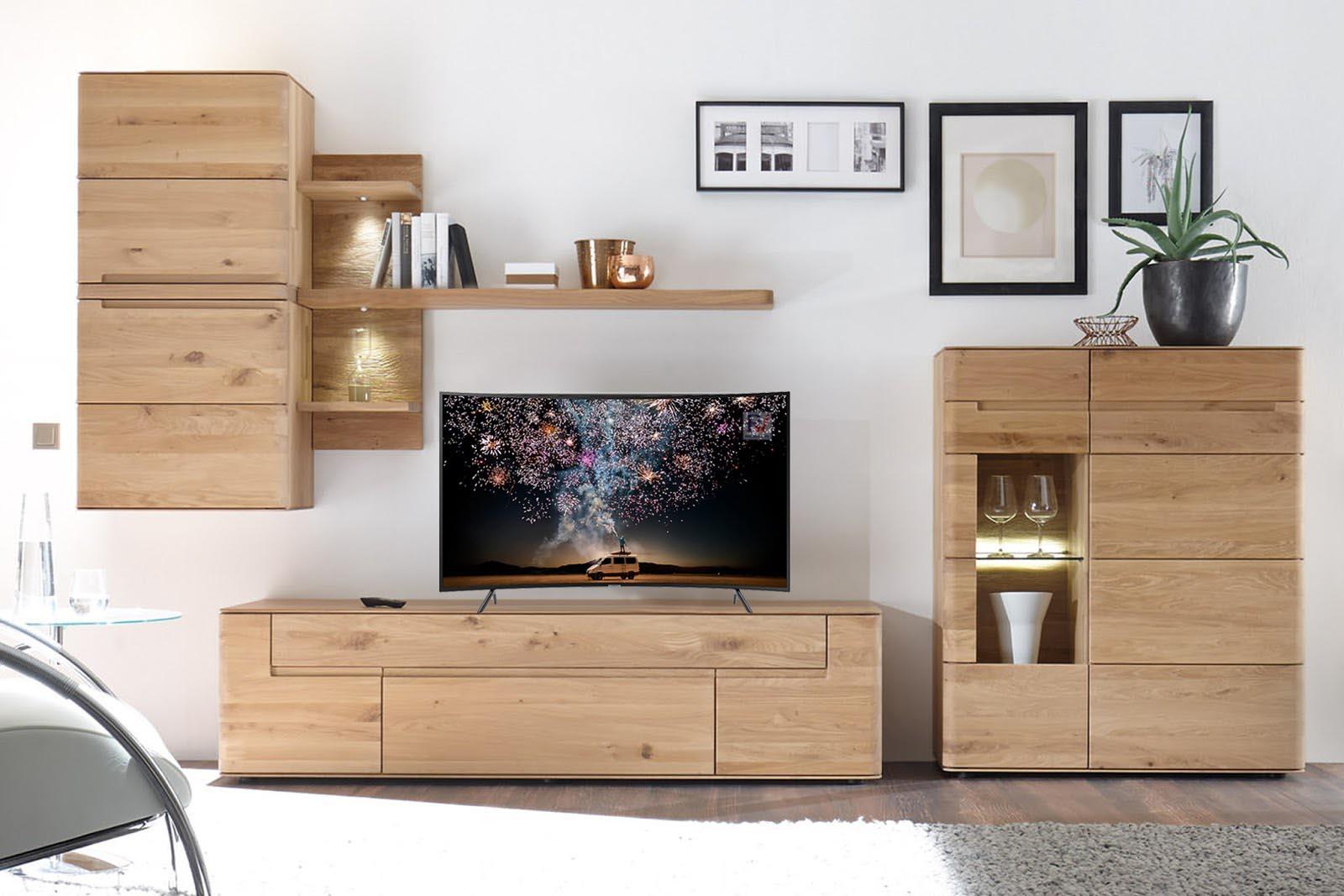 Smart Tivi cong Samsung 4K 49 Inch UA49RU7300KXXV thiết kế phù hợp với mọi không gian