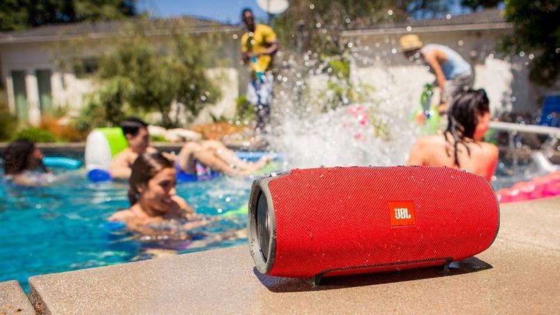 Loa Bluetooth JBL Xtreme (Red) với khả năng chống nước cực tốt