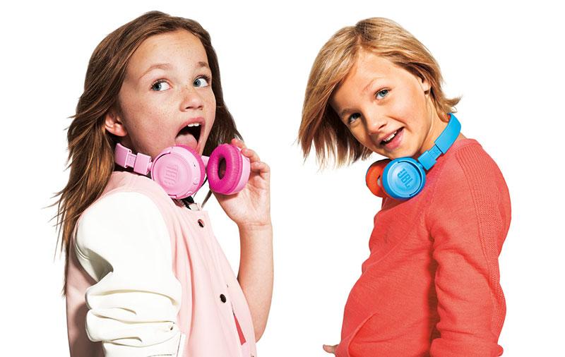 Tai nghe JBL JR 300 BT (Pink) phuh hợp với trẻ em với chất lượng tốt, an toàn