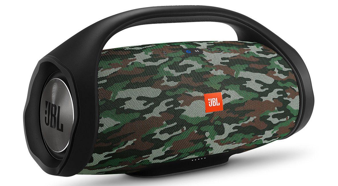 Loa Bluetooth JBL Boombox Special Edition (Squad) phù hợp với mọi chuyến đi chơi dã ngoại cùng bạn bè và gia đình