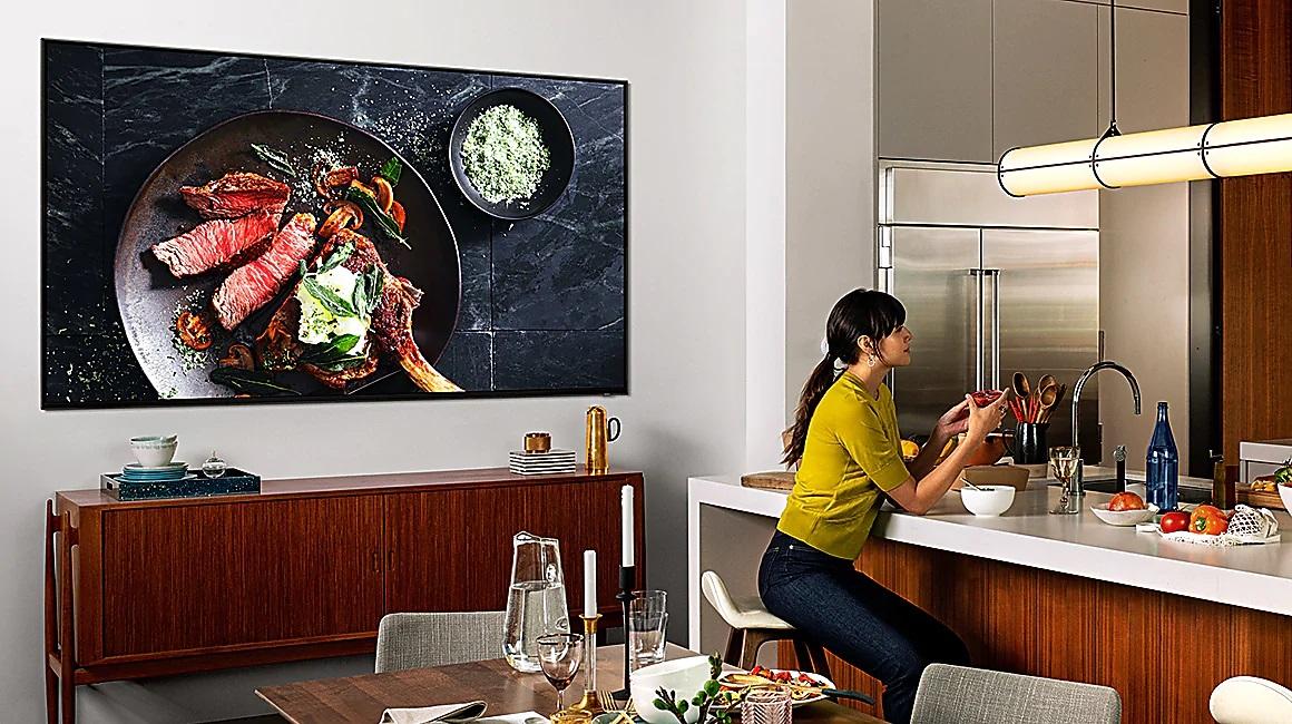 Smart Tivi QLED Samsung 8K 82 inch QA82Q900RBKXXV thiết kế tinh tế sang trọng