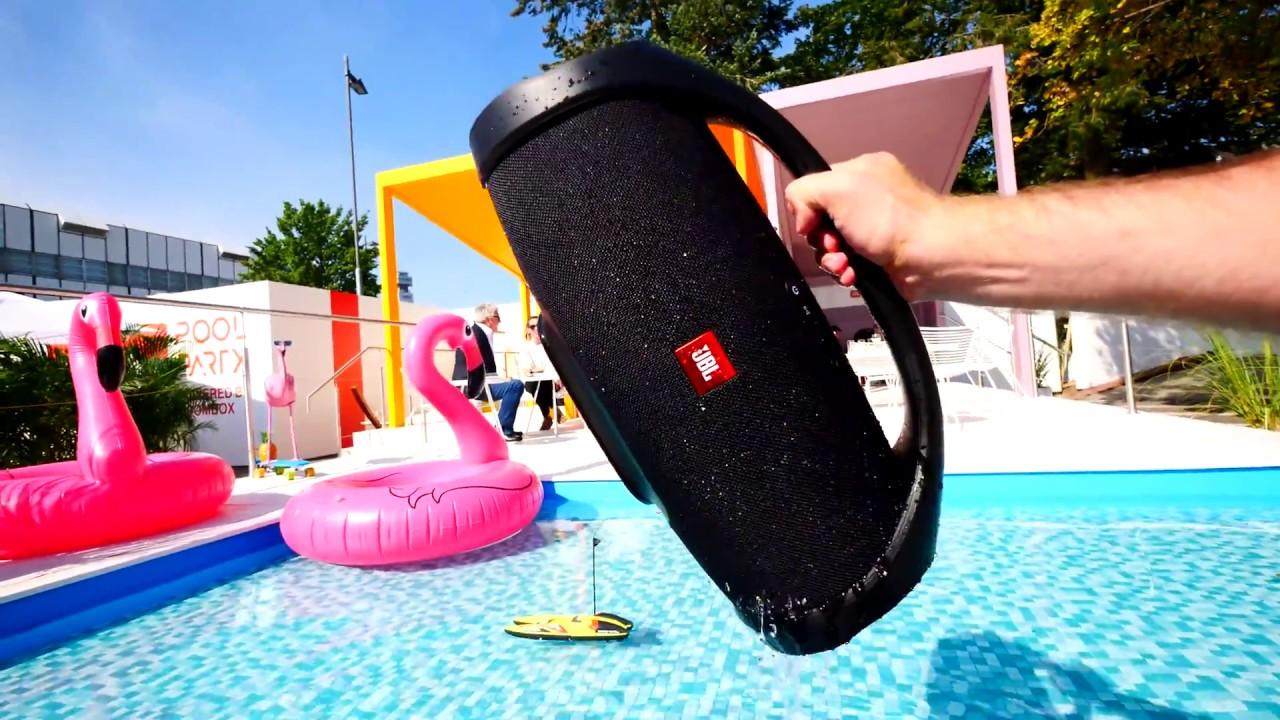 Loa Bluetooth JBL Boombox (Black) với khả năng chống thấm nước hiệu quả