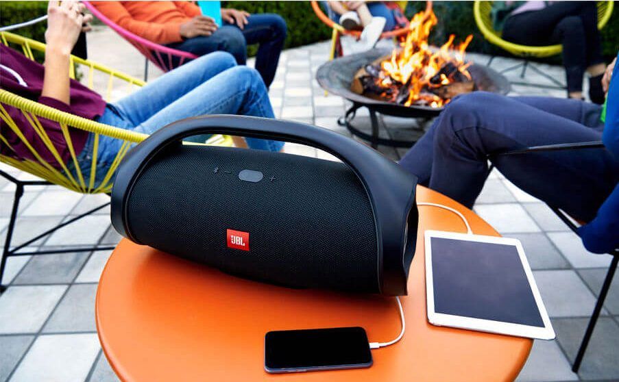 Loa Bluetooth JBL Boombox (Black) là người bạn không thể thiếu trong mọi chuyến đi