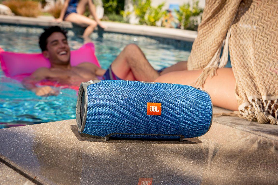 Loa Bluetooth JBL Xtreme (Blue) khả năng chống nước tốt