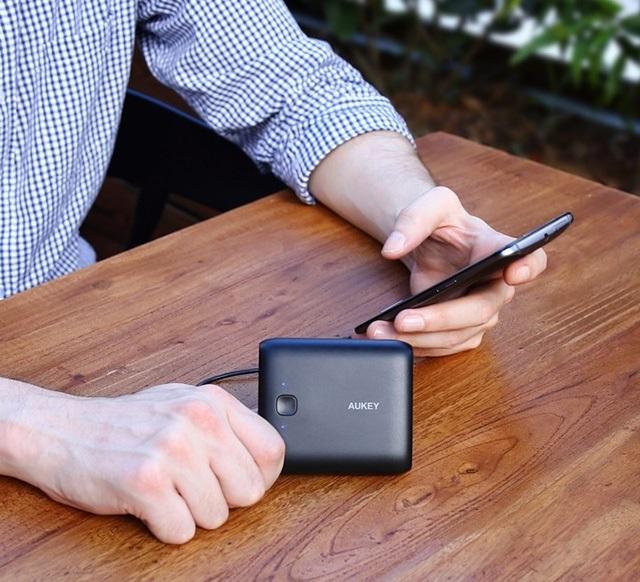 Pin sạc dự phòng AUKEY PB-N42 Pocket 10000 mAh