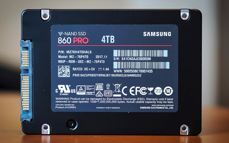 Samsung 860 PRO 4TB (thessdreview)