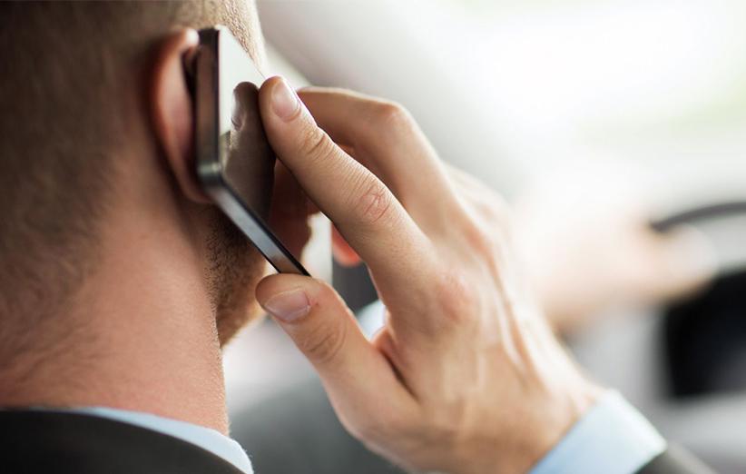 sử dụng điện thoại để nghe và gọi