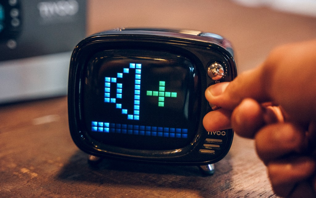 Loa-Bluetooth-Divoom-Tivoo-den-3