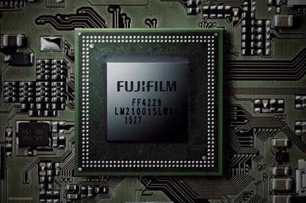 Fujifilm X100F-4