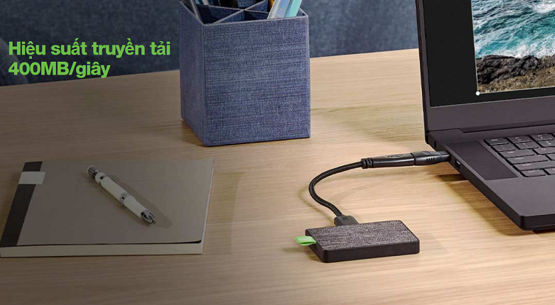 Ổ cứng gắn ngoài SSD Seagate Ultra Touch 500GB White (STJW500400) | hiệu suất truyền tải lên đến 400MB/giây