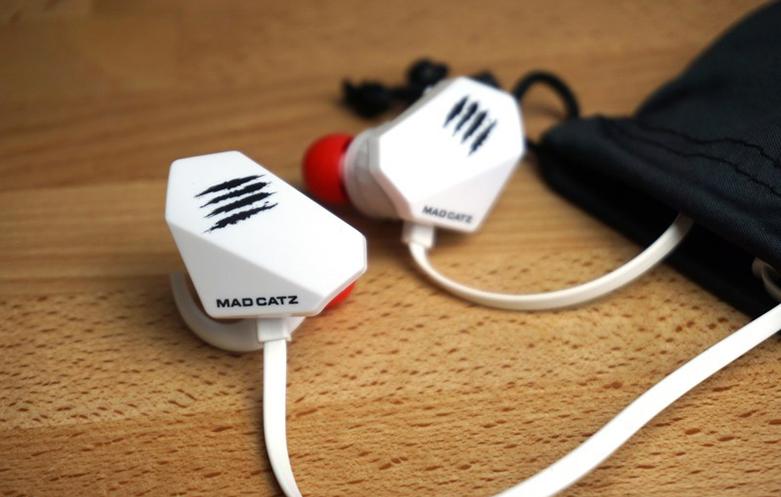 Tai nghe Madcatz E.S.Pro+ Gaming Earbuds (Trắng) | tương thích với nhiều thiết bị